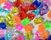 100 pcs Mix Transparent color alphabet letter a b c charm bead jewelry findings