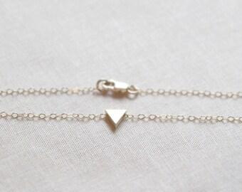 Tiny Triangle Bracelet | 14kt Gold Filled Chain | Danity Gold Layering Bracelet