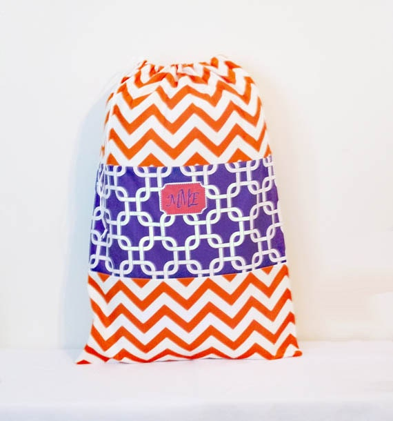 College Laundry Bag, Monogrammed Laundry Tote Bag, Drawstring Bag, Laundry Duffle, Travel Laundry Bag, Summer Camp Bag, Dirty Clothes bag