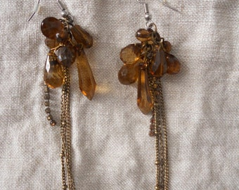 1970s 1960s beaded amber vintage earrings