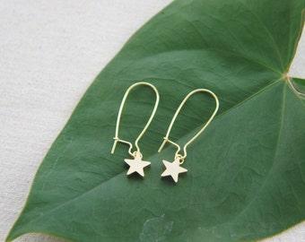 Gold tiny star earrings, casual earrings, everyday earrings
