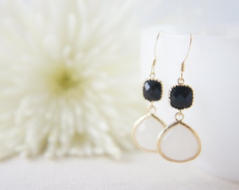 Black and white dangle earrings, wedding, bridesmaid, gift