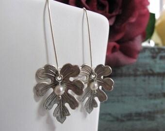 Oak Leaf Earring Dangles, Silver Leaves with Pearls Earrings, Leaf Earrings Antique Silver - MIGHTY OAK