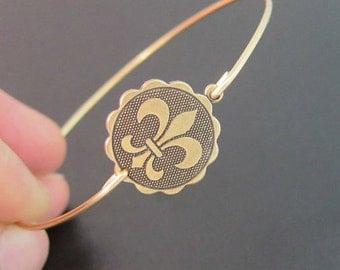 Fleur de Lis Coin Bangle Bracelet, New Orleans Bracelet, New Orleans Jewelry, Louisiana Bracelet, Louisiana Jewelry, Fleur de Lis Bracelet