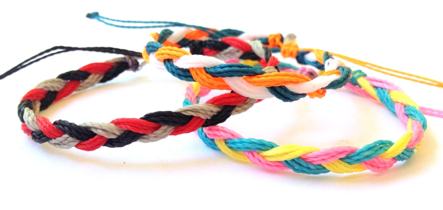 braided string bracelets - photo #3