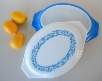 Vintage Pyrex Promotional Blue Ivy Oval Divided Covered Serving Dish