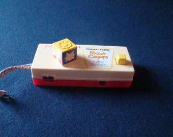 Vintage 1973 Fisher Price Trip to the Zoo Pocket Camera