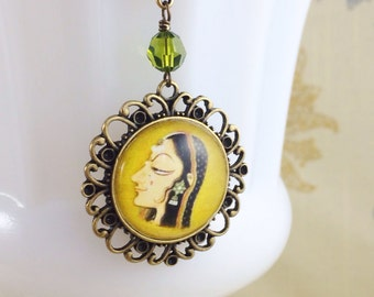 Art Pendant, India Art Necklace, Royal Lady Necklace, Miniature Painting, Mythic Necklace by MinouBazaar