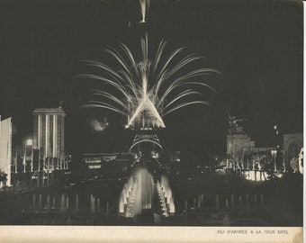1937 Paris France Exposition, Editions Arts, Et Metier's Graphiques, Eiffel Tower At Night, Black and White Poster Copy La Fontaine, France