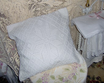 Vintage Candlewick Star Hobnail Throw Accent Pillow White on White Country Farmhouse Chair Pillow