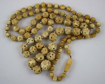 Vintage Carved Bone Graduated Bead Necklace