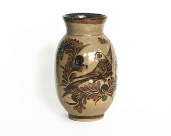 Vase, Ceramic Vintage Carlos Villanueva Vase Hand Painted Bird Mexico Folk Art Neutral Brown