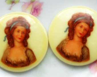 N986 Vintage Cabochon Cameo 30mm Round Woman Victorian Lady Art Nouveau NOS Germany