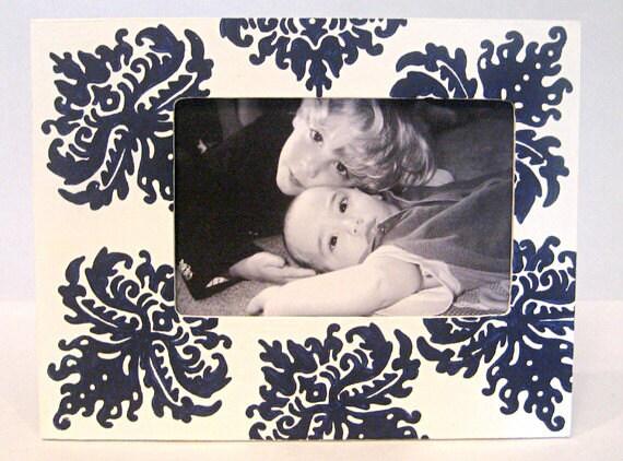 4x6 Picture Frame , Navy and White Damask , Painted Frames , Bridal Favors , Shower Favors , Custom Frame , Baby Shower Gift , Nursery Decor