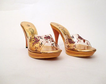 "Killer 1950's Dead Stock Gold Platform Mules w/ Clear Plastic  Giltter Butterflies by ""Carroll's of C A""  Rockabilly VLV Pinup Size-7  1/2M"