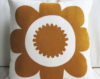 Modern Sienna Brown Daisy Pillow, Mid Century Flower, Silk Screened on Bark Cloth, 20 inch by 20 inch with insert