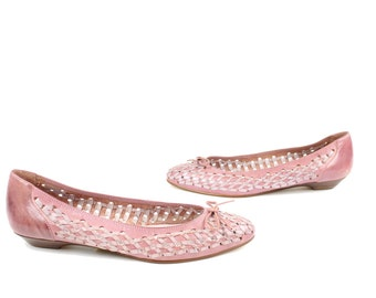 Vintage 80s Ballet Flats Woven Leather Shoes Rose Pink Perforated Womens Fashion Footwear Shoes Brazil 1980s Size 8