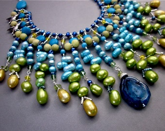 Women's Statement Bib Necklace Blue Lime Green Gemstone Necklace Teal Blue Bead Necklace Colored Pearl Jewelry Unique Stalactite Jewelry