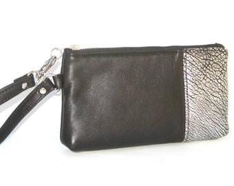Wristlet in Black Leather and Silvery Embossed Leather