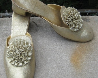 Come Walk A Mile In My Shoes Fab Hollywood Glam Gold Shimmery Daneil Green Shoes Slipper
