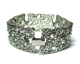 50s Silver Filigree Bracelet with Book Chain Link & Fold Over Box Clasp Closure - Vintage 50's Metal Costume Jewelry