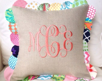 Peppermint Bee Scalloped Pillow Cover with Monogram