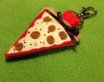Pizza lovers keychain