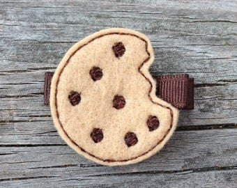Chocolate Chip Cookie Hair Clip, Felt Hair Clips, Embroidered Felt Hair Clips, Toddler Hair Bows, Cookie Hair Clip, FREE SHIPPING PROMO