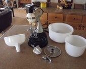 Vintage Sunbeam Mixmaster with 2 bowls & a juicer - just like my mom's