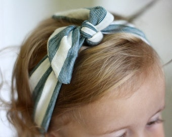 Green and White Knit Headband Tie Wrap