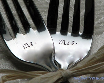 Personalized Wedding Cake Forks, handstamped Mr and Mrs forks for the bride and groom, modern and sleek