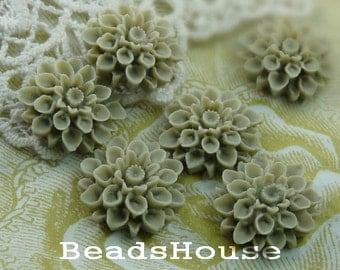 37-00-CA   6pcs Beautiful Crysanthemum Cabochon - Shell
