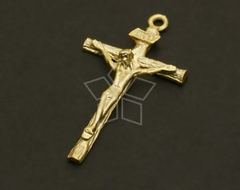 PD-665-MG / 2 Pcs - Crucifix Cross Pendant, Matte Gold Plated over Pewter / 26mm x 14mm