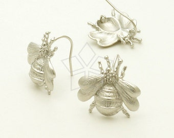 EA-116-MS / 2 Pcs - Bumblebee hook Earrings, Matte Silver Plated over Brass / 17 x 17mm