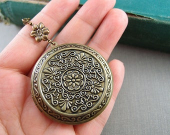 Huge art nouveau style floral locket, aged brass locket, round locket, N040