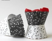 Black & White Music Notes Cupcake Wrappers PDF