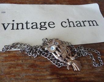 Vintage Owl Gold Toned Google Eyes Necklace