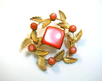 Coral or Peach Stones and Cabochon with Gold Leaves Vintage Brooch