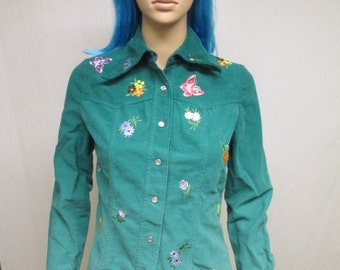 Shirt Ladies SMALL Vintage Funky Green Snap Button Shirt Flowers Butterflies Embroidered Misses