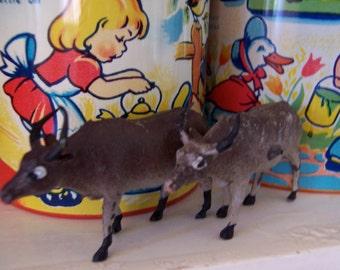 little plastic toy animal figurines