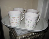 ROYAL GRAFTON Tea Coffee Mugs Fine Bone China ENGLAND Floral Pattern Shabby Chic