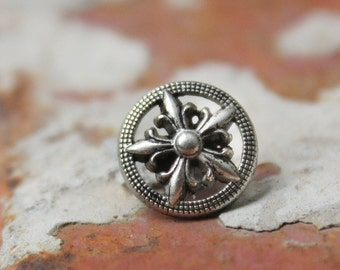 Metal Buttons - Fleur-De-Lis Star Metal Buttons , Retro Silver Color , Openwork , Shank , 0.47 inch , 10 pcs