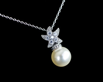 Bridal Necklace, Starfish Necklace,Starfish Pearl Necklace, Beach Theme Wedding Necklace, Destination Wedding Jewelry, Bridal Pearl Necklace