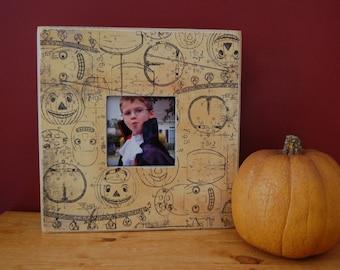 Halloween Jack-O-Lantern Picture Frame12x12