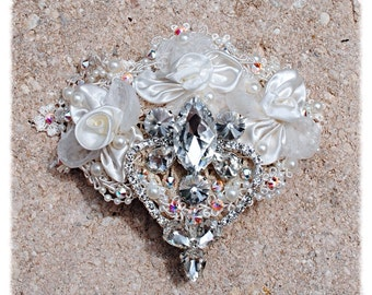 Ivory White Crystal Hand Sewn Beaded Floral Wedding Bride Dancer Costume Hairpiece Comb