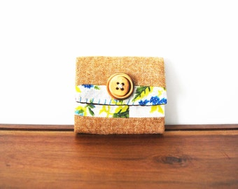 CLEARANCE--Upcycled Floral and Tan Wool Business or Credit Card Holder with Wooden Button