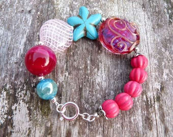 Beaded bracelet starfish pink and blue