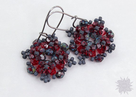 Right Angle Crystal : Crystal beaded right angle weave earrings beadweaving