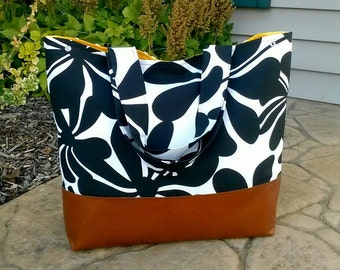 Diaper bag Black and white flower diaper bag tote bag twirly flowers with leather, Everything Bag, Zig Zag,