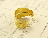 Shiny Gold Colour Adjustable Feather Ring